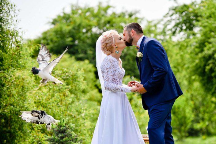 svadba svadobny fotograf holuby pozicanie nevesta zabavne fotenie